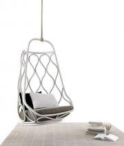 Zaplamione dywany można uratować, trzeba jedynie odnaleźć firmę trudniącą się ich czyszczeniem